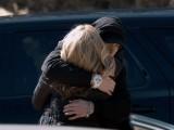 """Eminem îi scrie mamei sale – """"Headlights"""" ft. Nate Ruess"""